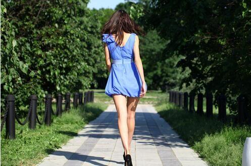 日媒盘点告别浮肿和下半身肥胖的大腿根部拉伸法