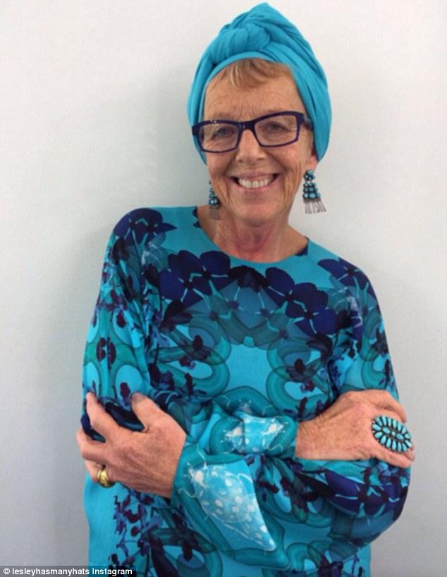 澳60岁时尚奶奶走红Instagram 从不穿重样衣服