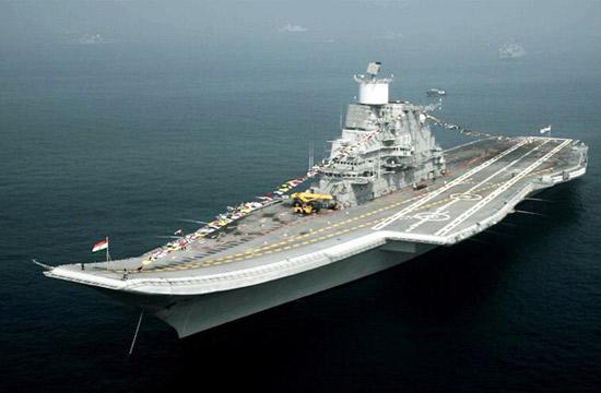 印度双航母参加阅舰式阵容庞大