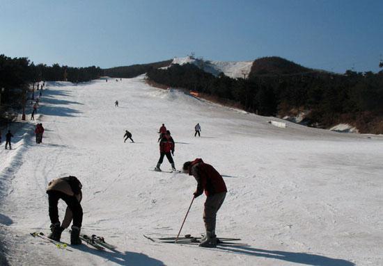 千山滑雪场