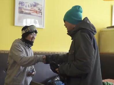 2016山地回转赛前采访54岁单板雪友