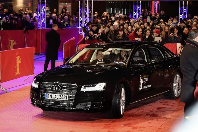 奥迪无人驾驶A8 L W12柏林电影节秀技-国际车讯高清图片