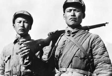 """抗战初毛泽东称什么是""""八路军的拿手好戏""""?"""