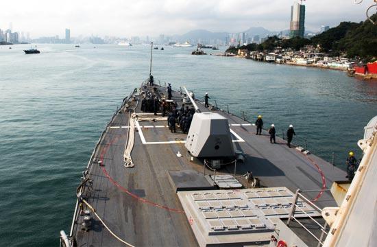 美军宙斯盾舰春节期间开进香港
