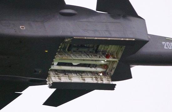 全球5款隐身战机弹舱对比照