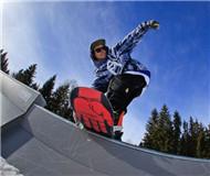 来自德国和加拿大的极限滑雪瞬间