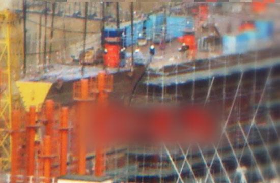 国产大型水面战舰安装舰艏分段
