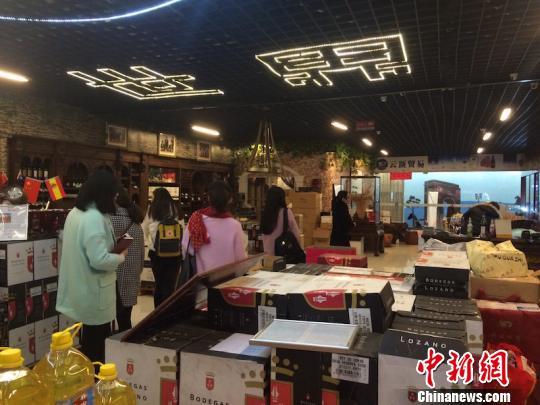 义乌小商品 开市首日迎来21万客流