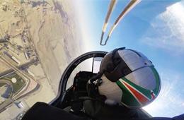 巴林航展印度LCA战机飞出大片画面感