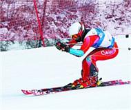 中国高山滑雪万龙站 冬运冠军民间高手齐上阵