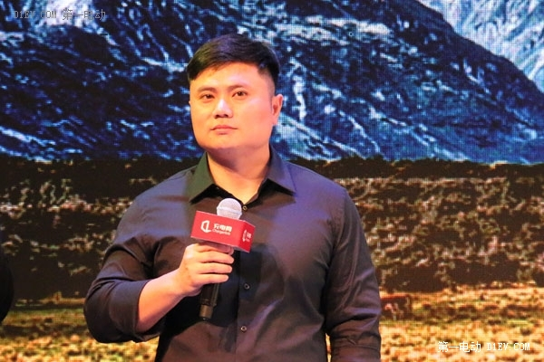 王振飞:充电网不做运营商 做电动车后市场服务商