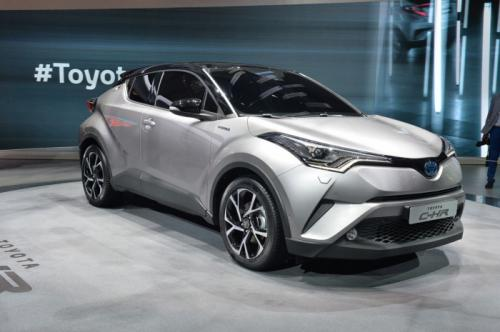 丰田C-HR量产版日内瓦发布 首次搭载完全混动系统