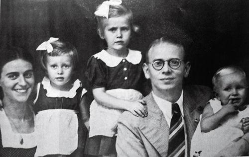 荷兰老人忆日军集中营:白人妇女轮流做慰安妇