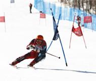 甘肃举行首届高山滑雪锦标赛 80余名选手参赛