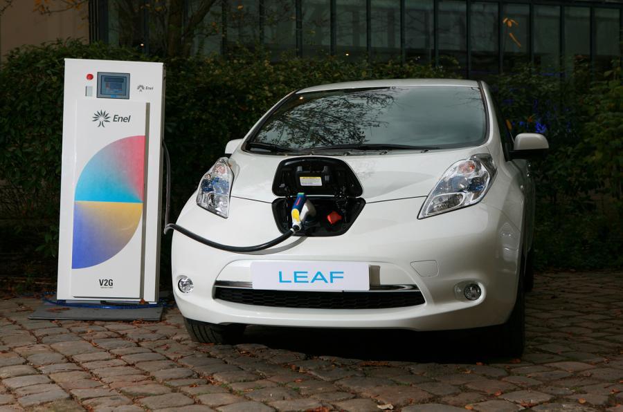 日产拟革新电动车充电技术 太阳能/无线充电齐上阵