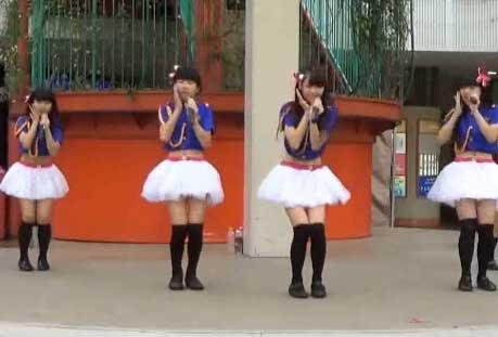 北朝鲜美女视频_现场:朝鲜庆七大闭幕 牡丹峰乐团舞姿迷人_视频_环球网