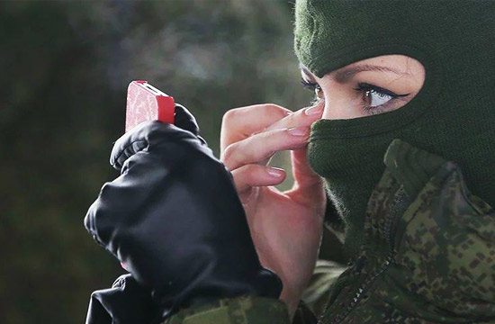 战斗民族女兵比武迎接妇女节