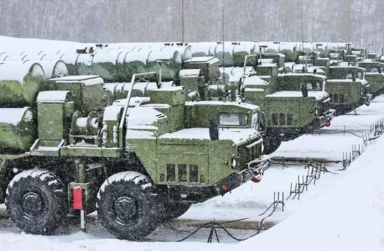 俄军在西伯利亚部署S400导弹