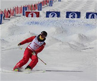 各滑雪场大步前进 张家口欲打造世界级滑雪中心