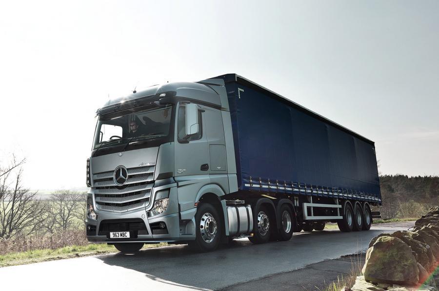 英国今年下半年将开始无人驾驶卡车路试