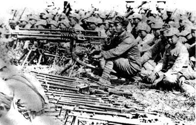 皖南事变:蒋介石为何决心冒险铲除新四军?
