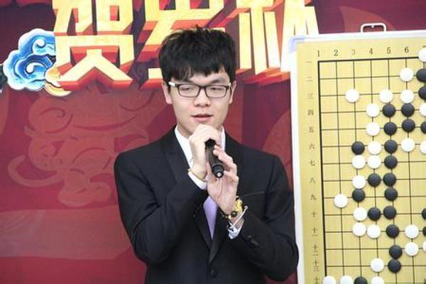 """中国围棋程序""""异构神机"""":挑战国内绝顶高手"""