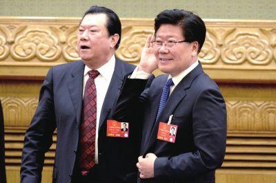 张春贤:群众围剿暴恐分子场面令人感动