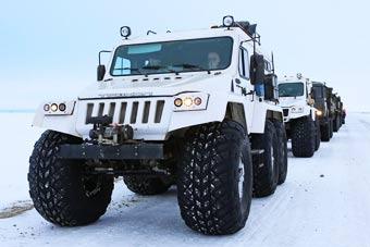 俄军全地形车部署北极接受考验