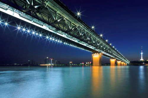 政协委员:在武汉设立国家级长江新区