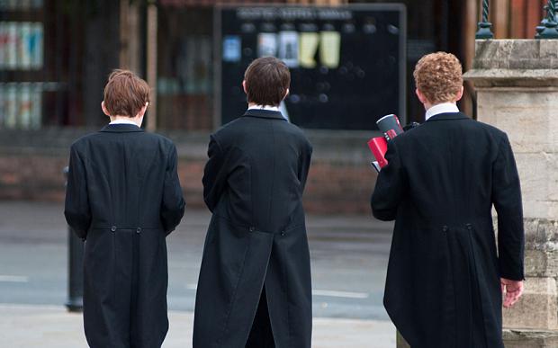 英私立学校受热捧 家长狂砸高额保证金只为占坑