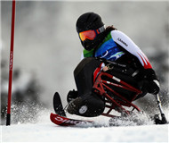 全国残疾人高山滑雪与单板滑雪项目训练营开营