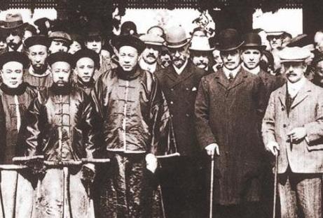 打海盗的怡和集团百年史:曾经推动鸦片战争
