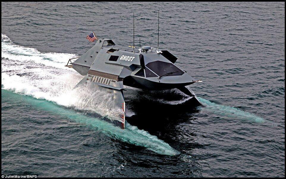 """美研发超级幽灵战艇 可悬浮水面高速""""飞行"""""""