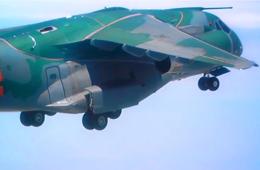 巴西国产KC-390运输机试飞精彩画面