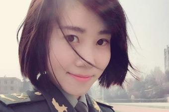 女大学生士兵不仅仅是颜值担当