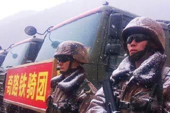 冒险驰骋川藏线的中国汽车兵