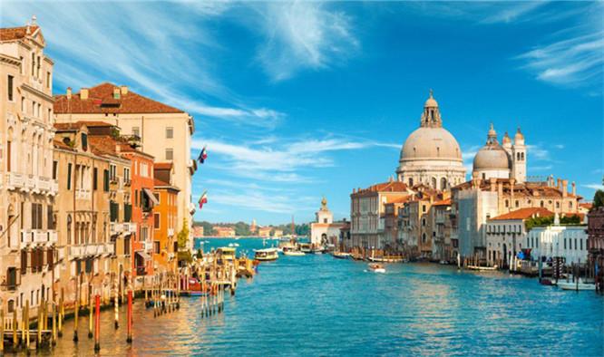 超跑的故乡—意大利超跑溯源之旅