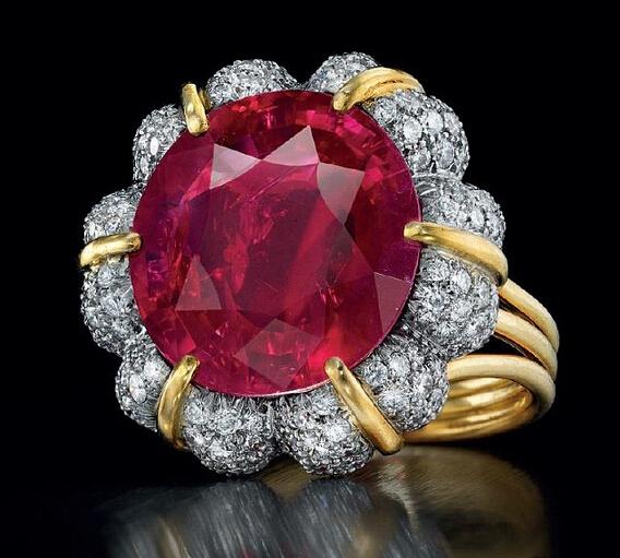 佳士得春拍现16克拉缅甸红宝石戒指 或拍得亿元