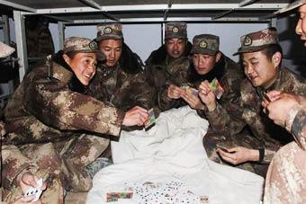 新兵到达新疆天路兵站第一晚