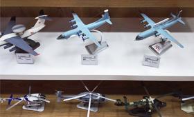解放军全系列:没见过型号这么全的模型商店
