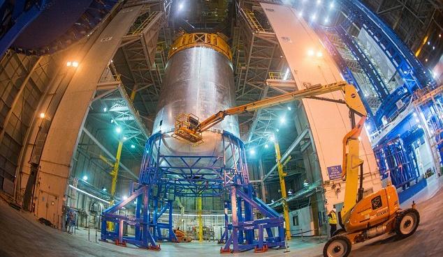 """看看NASA的""""太空发射系统""""液氧箱是如何焊接的"""