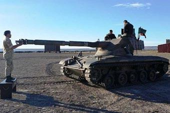 阿根廷演习出动一款罕见坦克