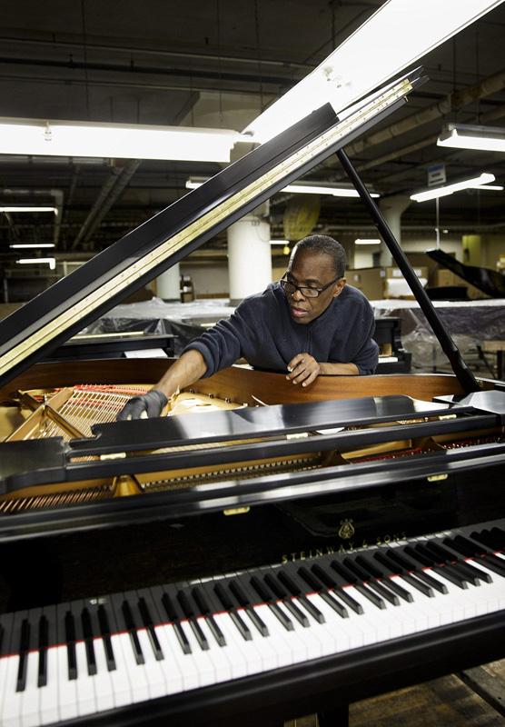 实拍施坦威钢琴传统手工制作流程
