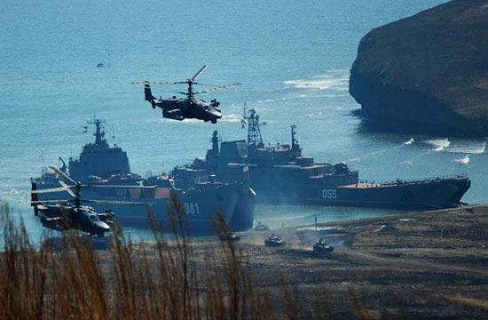俄军在远东地区举行登陆演习
