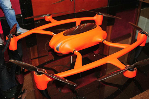"""工科男的""""毕业设计"""":评审科比特两款超长续航无人机"""
