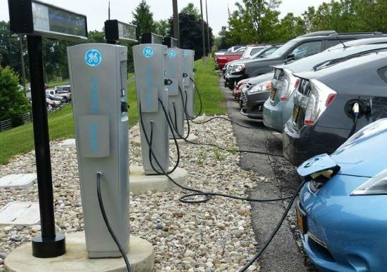 上海新能源汽车补贴引入退坡机制 提高补贴门槛