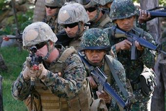 美国防长亚洲行:力挺菲律宾