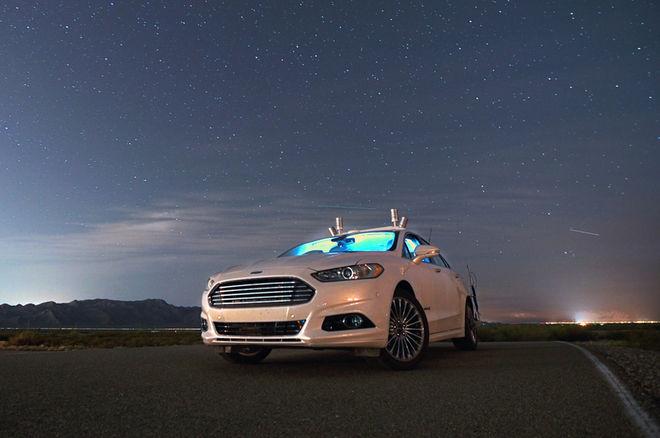 福特夜试无人驾驶车 激光雷达系统取代车灯