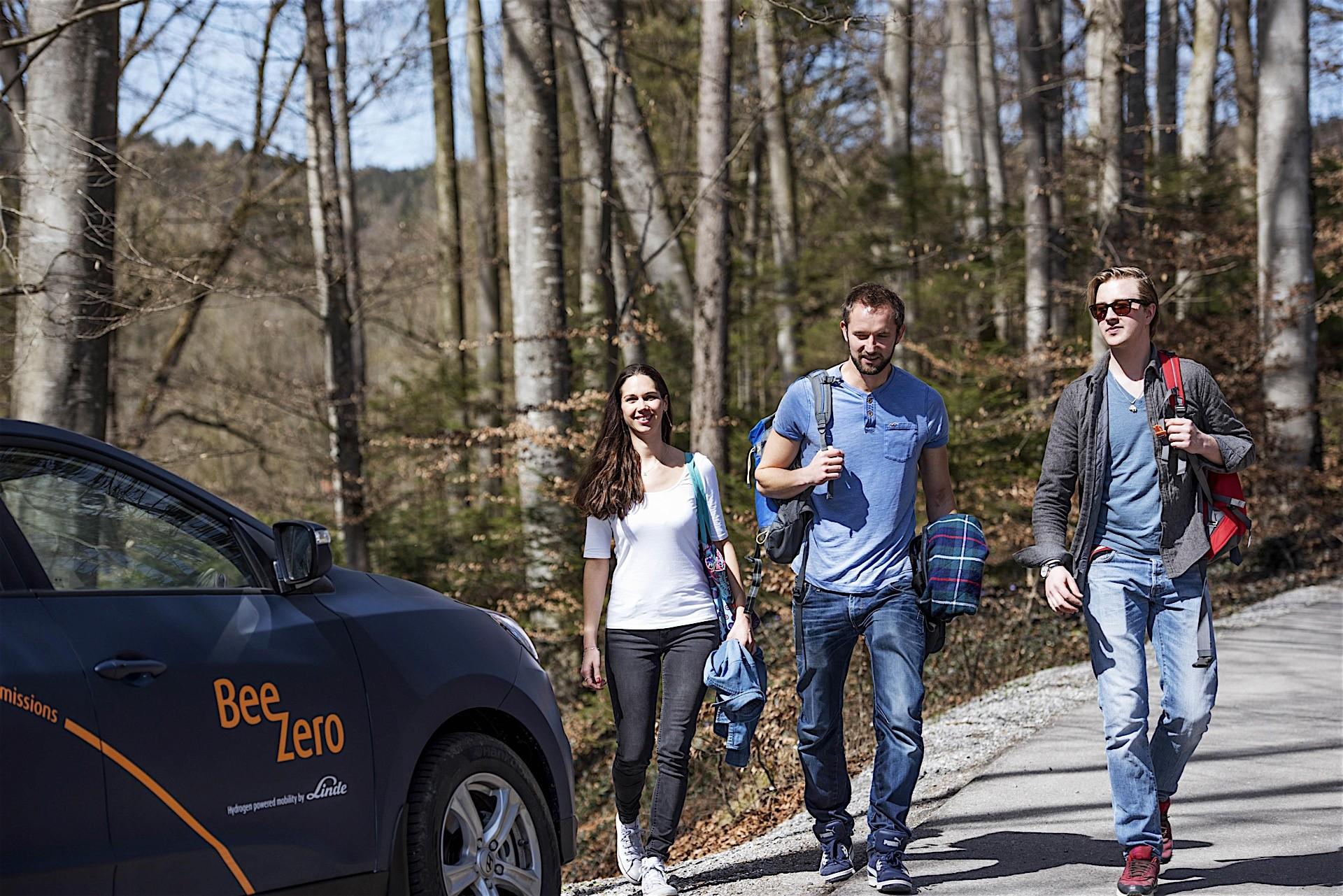 现代推全球首个燃料电池车共享 今夏德国启动
