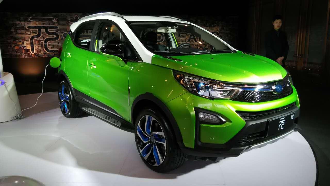 比亚迪小型SUV元上市 王传福公布 王朝 车型全阵容高清图片